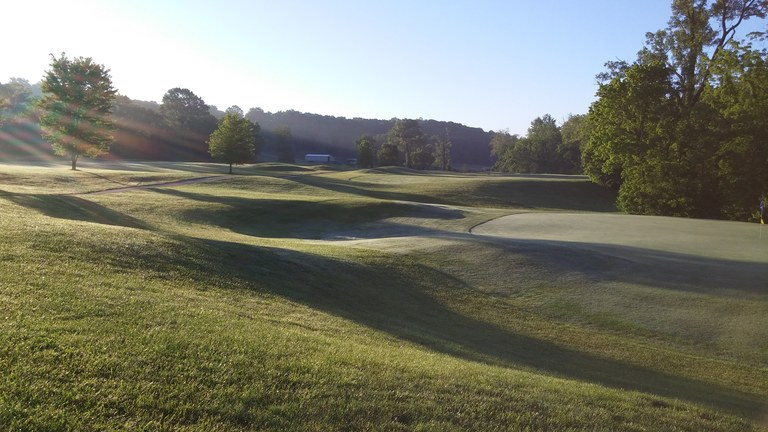 Railwood Golf Club: Se Vende Golf Course en Zona Rural en Holts Summit