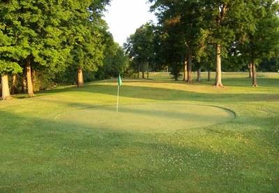 par-3-course-green.jpg