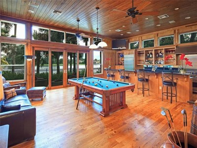 Lakefront Luxury Estate for Sale in Orlando Florida -  Entertainment Area
