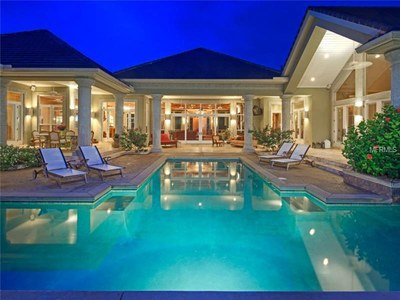 Lakefront Luxury Estate for Sale in Orlando Florida - Pool