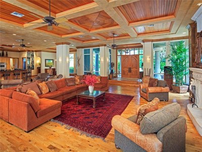 Lakefront Luxury Estate for Sale in Orlando Florida - Living Room