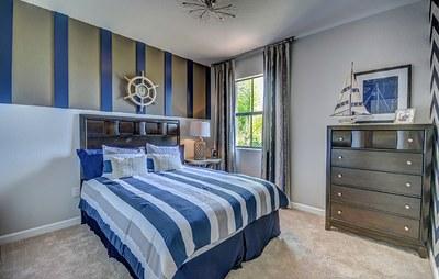 Starboard bedroom 2