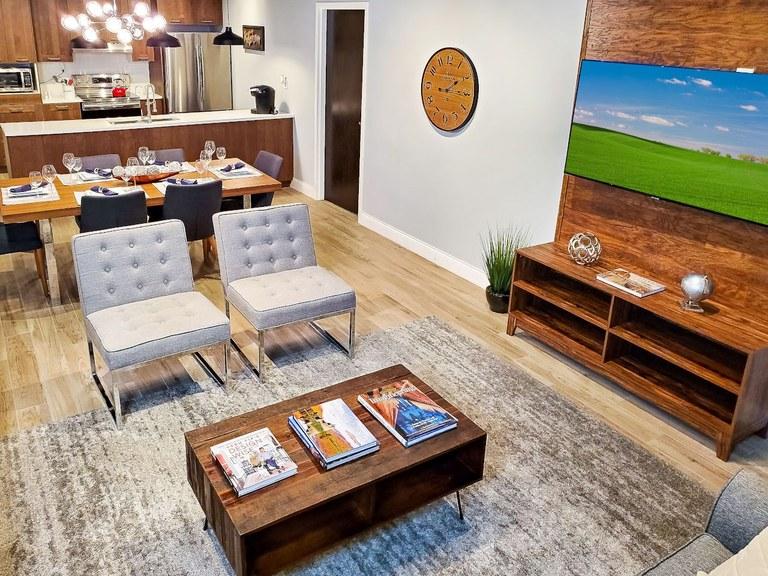 Sycamore B-707: Investment Condo For Sale in Exclusive Orlando Resort