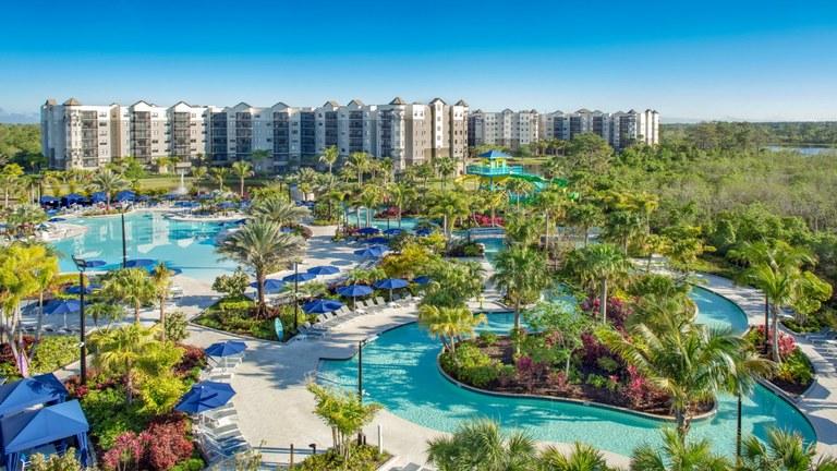 The Marquis - Birch: Se Vende Apartamento en Zona Rural y Frente al Lago en Orlando